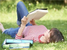 GMAT备考只有上培训班才能考好?自学复习也能拿到好成绩