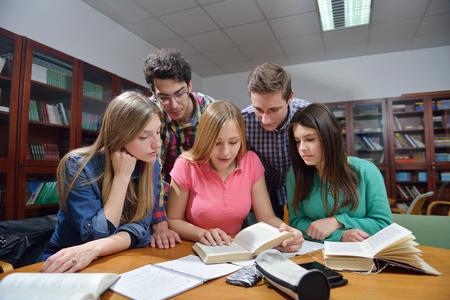 2017年考GRE买书教程 如何选择最适合你的备考教科书?图2