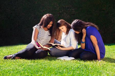 2018年8月GRE考试时间安排选择建议分析 没有考试也要看暑假备考攻略图1