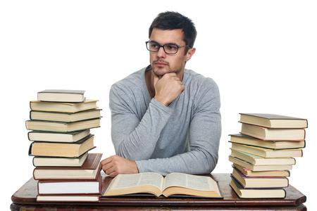 GMAT中国考生如何应对语文挑战?3条备考建议让VERBAL分数赶上数学图1