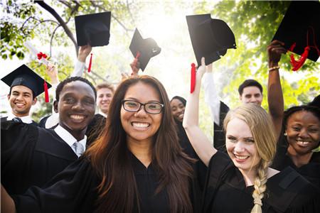 TOEFL盘点托福成绩真实价值作用 托福分数除了留学申请还能这么用图1
