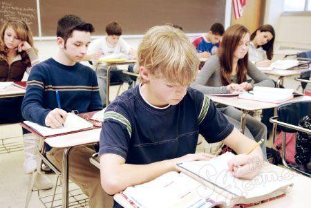 中考后出国读国际班好吗?留学费用究竟要多少?图1