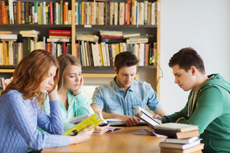 美国众多大学改变招生政策,SAT/ACT成绩弱化,更看重软实力图3