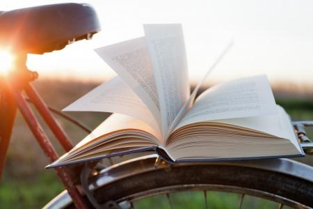 新SAT考试阅读量增加、如何提升你的阅读量?