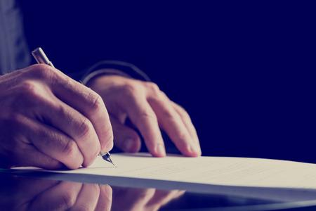 托福写作考前6天冲刺高分Day2:Integrated Writing– (Read, Listen, Explain)图1